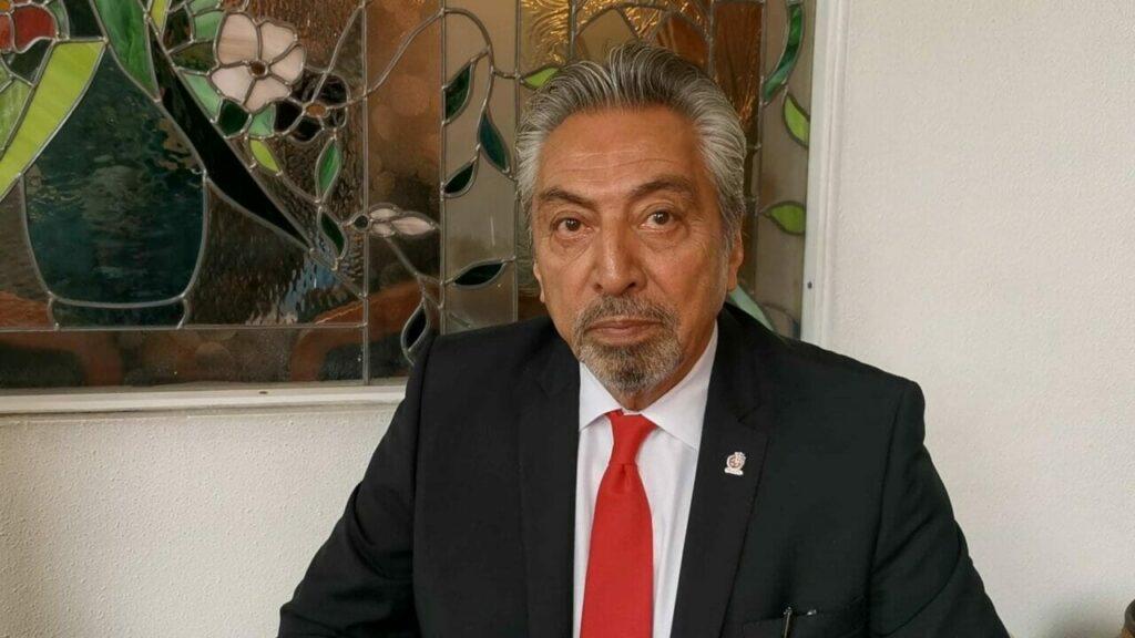 Subdirector de CECATIs a nivel Estado de México César Santillán Villegas