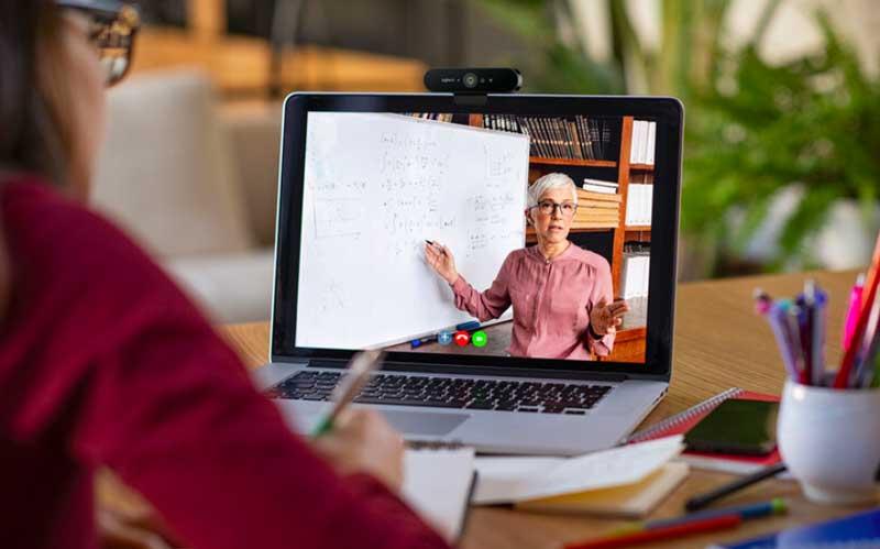 Recomendación para home office y videollamadas: Logitech BRIO webcam